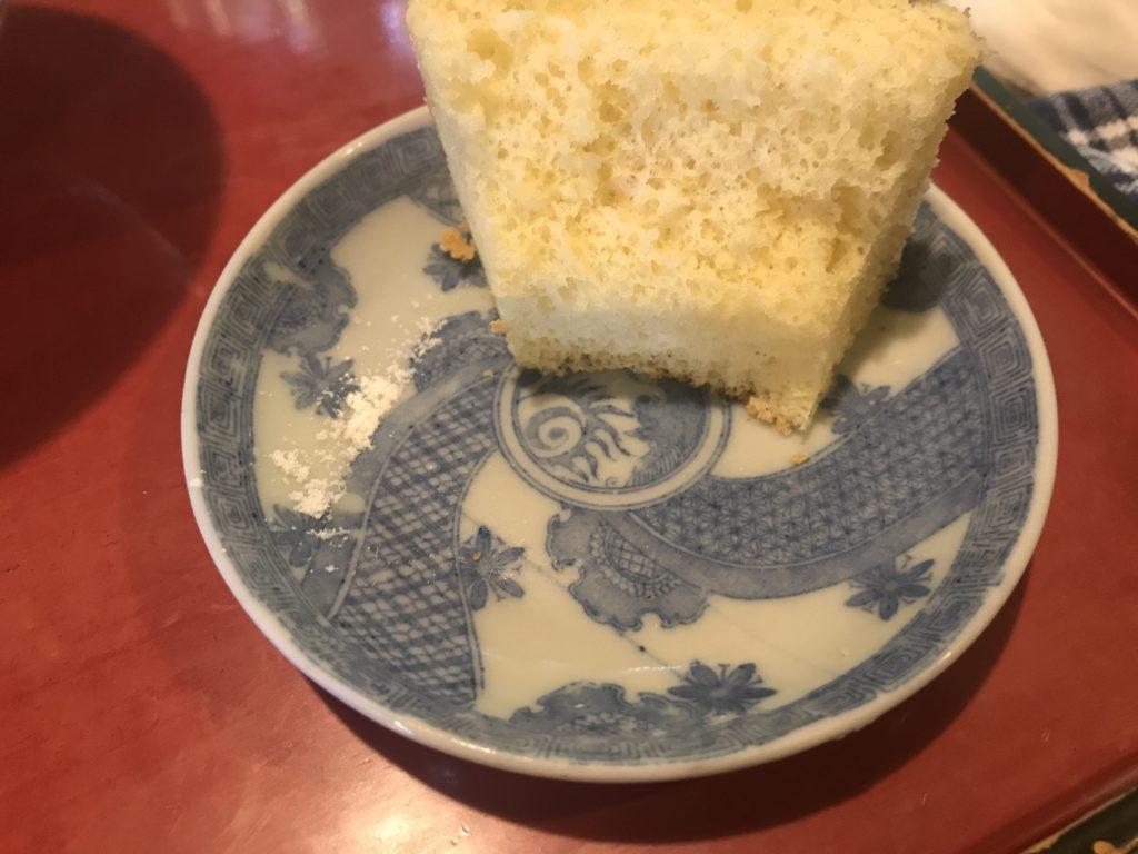 ギャラリー喫茶『苔筵』の古い小皿