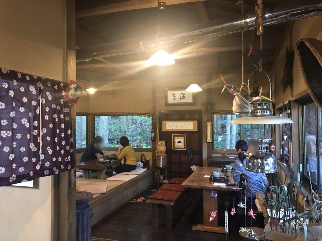 ギャラリー喫茶『苔筵』の店内の様子