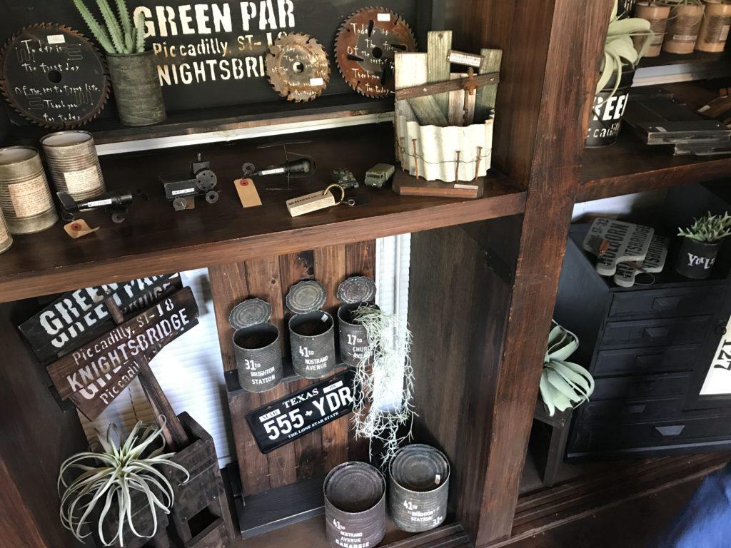 カフェ&ギャラリー『Shaleur( シャルール)』のお店の中の様子
