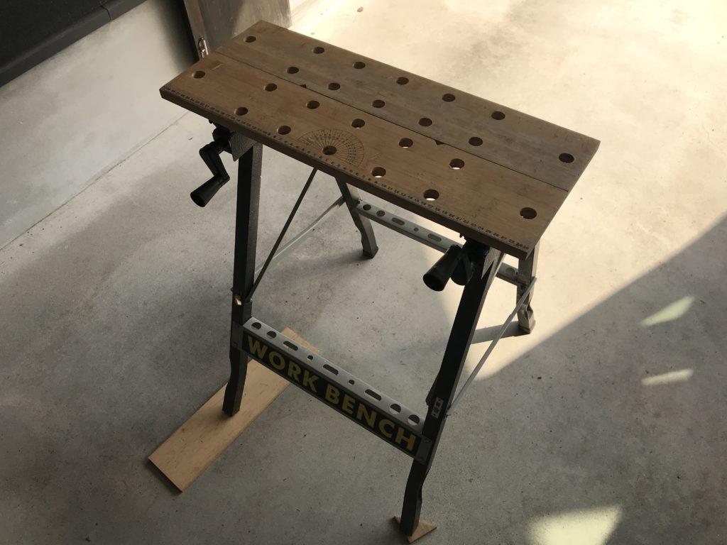 作業台を組み立てた様子